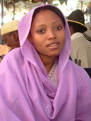 Tea-girl from a Bideryia tribe photo by Vít Hassan