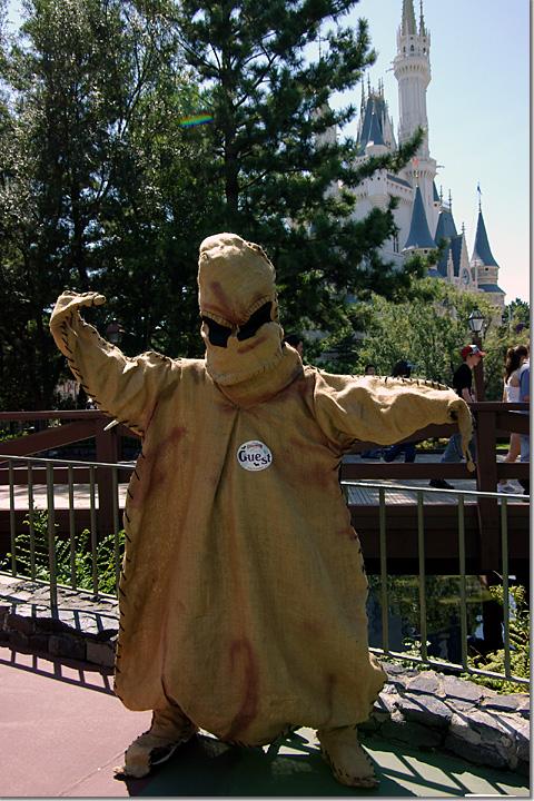 Disney Halloween 2005 OOGIE BOOGIE