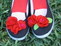 Sapatos pretos pormenor