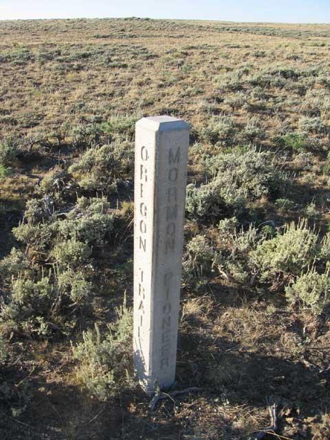 oregon trail/mormon pioneer marker