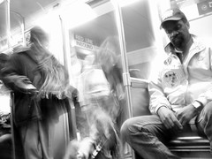 subway_boarding_blur_1.jpg