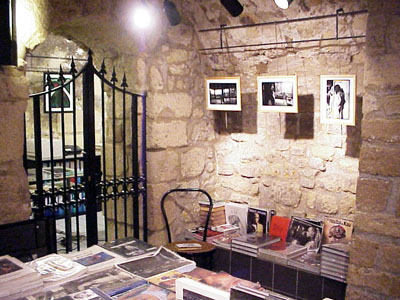 The basement of Les Mots A La Bouche