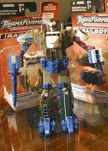 October 22, 2005 - KB Exclusive Trainbots