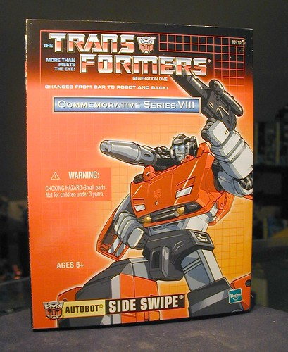 November 16, 2005 - Reissue G1 Sideswipe is in da haus!