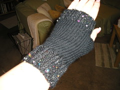 Fingerless glove1