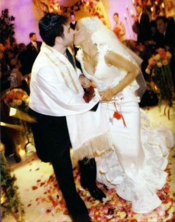 xtina_wedding_pics2_thumb