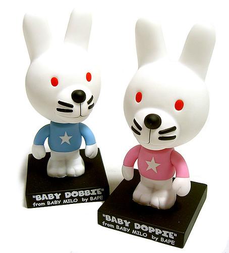 BAPE-DobbieDoppie-bubble-head-doll
