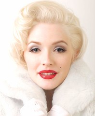Marilyn Monroe Impersonator Arianna in White Fur Photo photo by Marilyn Maybe