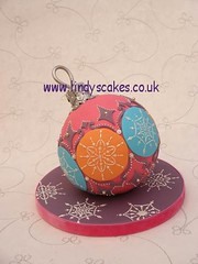 Christmas Bauble Cake by Lindy Smith photo by Lindy's cakes