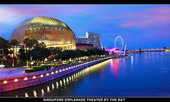 SINGAPORE ESPLANADE Theater photo by Kenny Teo (zoompict)