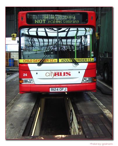 Plymouth Citybus 24 R124OFJ