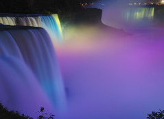 Niagara Light Show photo by RichGreenePhotography.com