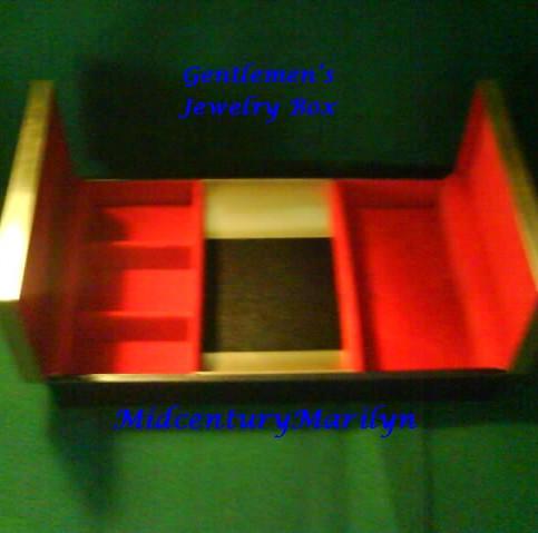 Vintage Men's Valet Desk Vanity Caddy Dresser Organizer - Anna
