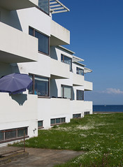 arne jacobsen, bellavista housing, 1931-1934 photo by seier+seier