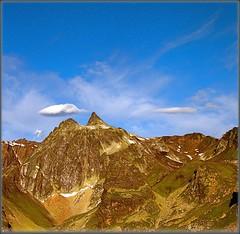 I am on the way . Mt Fourchon / (2900m) Fenêtre de Ferret 2 Grand Saint-Bernard sud photo by Izakigur