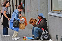 Helping the homeless photo by Ed Yourdon