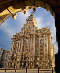 Royal Liver building, Liverpool photo by Laurence Cartwright