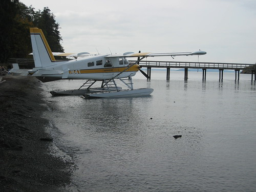 Kenmore Air at Camp Orkila beach
