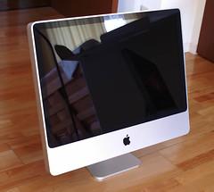 iMac24-2.jpg