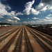 Train et ciel bleu