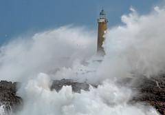 Mouro lighouse storm / 0550DSC / Faros.Mouro.Santander photo by Rafael González de Riancho (Lunada) / Rafa Rianch