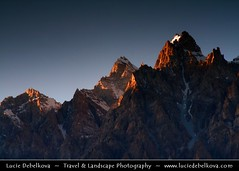 Pakistan - Last sunrays at Mt. Tupopdan photo by © Lucie Debelkova / www.luciedebelkova.com