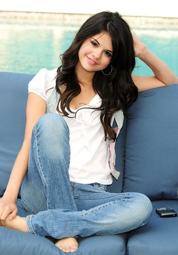 Selena Gomez Hot Images