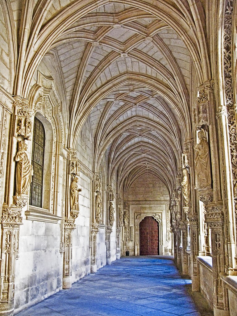 Cloister San Juan de los Reyes II photo by Daniel Schwabe