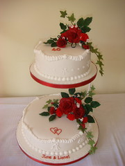 Ruby wedding anniversary cake with sugar flowers photo by britjap