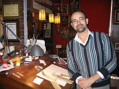 Calligrapher Antonio Suarez Gordon in León