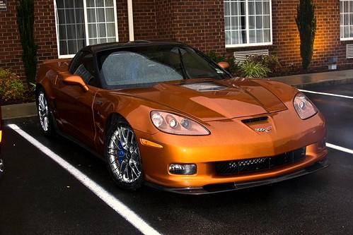 auto review chevrolet corvette zr1 vs lamborghini sv. Black Bedroom Furniture Sets. Home Design Ideas