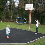 It's a bit higher than a netball net<br/>18 Jan 2009