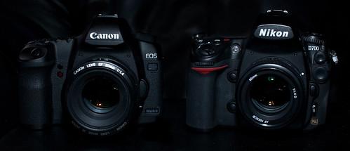 Canon 5D Mark II Vs Nikon D700