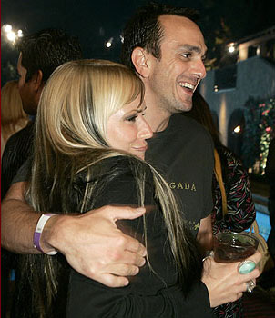 Suzie McNeil and Hank Azaria