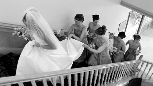 WED BRIDE UP STAIRS