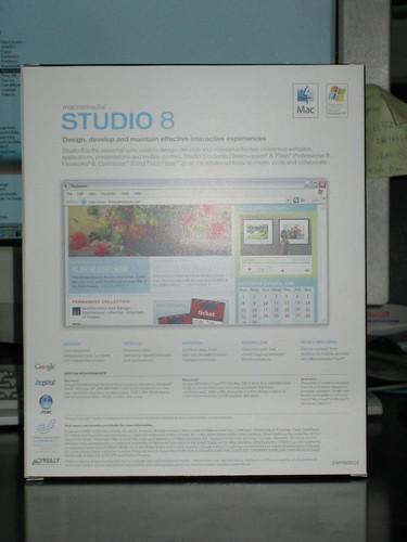 Studio8Box_03
