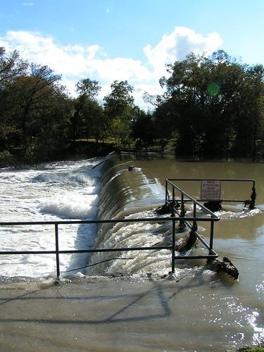 The Breaking Dam
