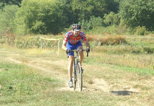 Ed Sander CX chasing