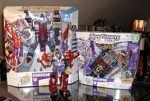 October 24, 2005 - Cybertron Starscream and Dark Scorponok
