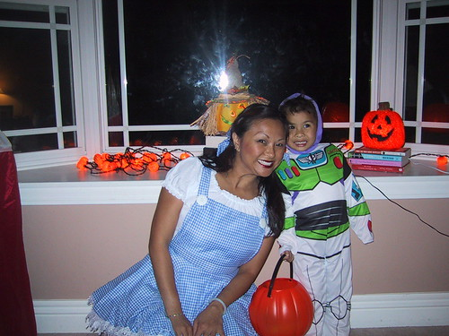 Dorothy and Buzz