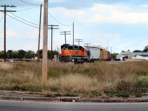 BNSF GP38-2