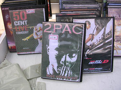 DVDs anti-copyright, coletâneas, sob medida, etc.