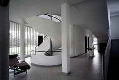 Villa Savoye11.jpg photo by scarletgreen