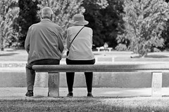 Old Couple on a Bench photo by Alexander Ipfelkofer