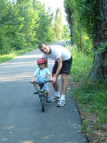 2008-06-21 Giovanni provo per la prima volta la bici senza rotelline