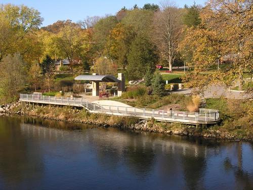 Leslie E Tassell Park