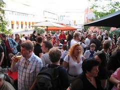 Telakka terrace, filled to the brim with sf people