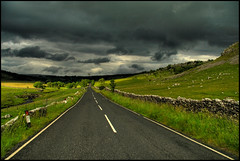 The Road to Ribblesdale photo by fatboyke (Luc)