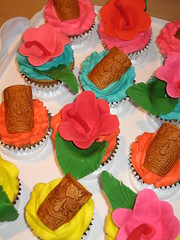 Tiki Cup Cakes photo by harebender1