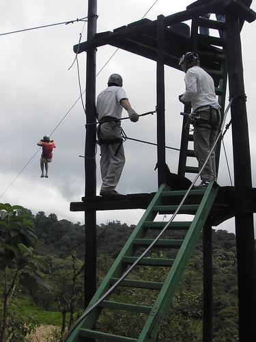 zip linig Ecuador